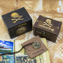 Uncharted 4 Pirate Gold Coin  With Limited Sheepskin Bag And Wooden Box