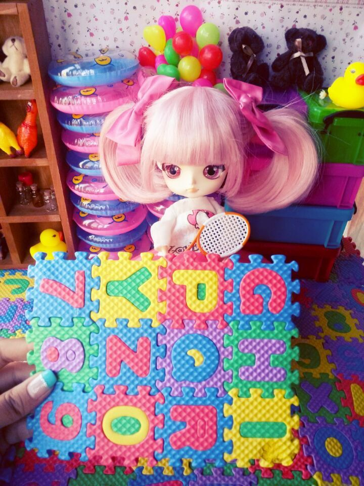 doll accessories  (8)