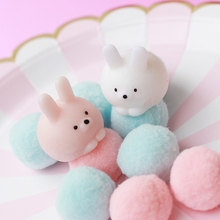 Mochi Sleeping Seal Squishy Squeeze Toy Cute Healing Kawaii Collection Stress Reliever Gift Decor Funny Novelty Children Toys.
