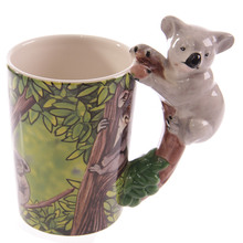 Free Shipping 1Piece 3D Koala Bear Handle Mug Novelty Coffee Mug Ceramic Jungle Mug Wildlife Collection Animal Office Coffee Mug