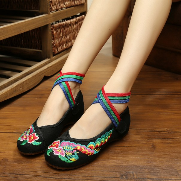 Loafers Flats Chinese Flower Embroidery Shoes 2017 Direct Selling Time-limited Canvas Basic Women Casual Shoes SMYXHX-BA0004<br><br>Aliexpress