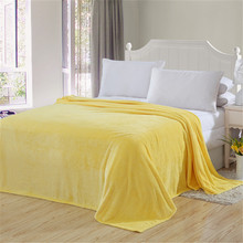 2017 blanket yellow solid Warm and portable color bed cover blanket soft and comfortable flannel 4 size