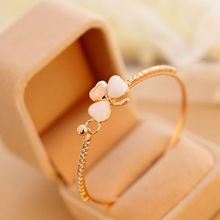 New Fashion Beauty Girls Women Hand Jewelry Best Wishes Clover Gold Cuff Bangle Bracelets Women Charm Elegant Accessories Gifts