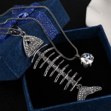 New Arrival Fashion Fish Bone Design Pendant Necklace Personality Synthetic Rhinestone Decoration Jewelry(China)