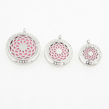 20mm/25mm/30mm Silver Lotus Flower Purfume Lockets Pendant Stainless Steel Aromatherapy Essential Oils Diffuser Locket Free Pads