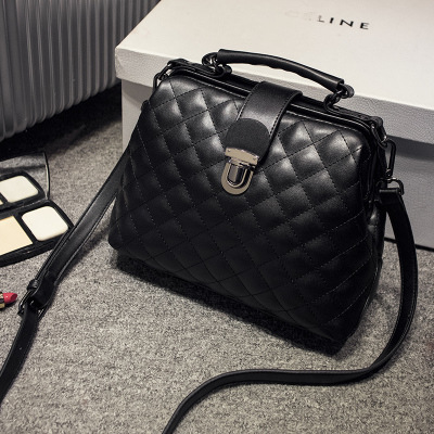 new female package European and American big Lingge chain bag handbag shoulder Messenger bag<br>