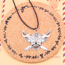 New Fashion pirate skull and cross swords Necklaces&Pendants For Antique silver-Color Pendant Necklaces Prayer Jewelry