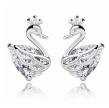 ed 0378 Swan earrings 2017 new OL temperament Korean simple lady white swan crystal earrings female beauty of the best factory d(China)