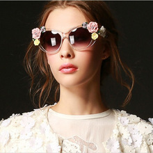 Retro flower Sunglasses ladies summer beach fashion sunglasses stereo rose 9260