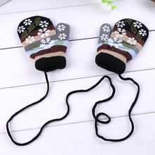 Kids Child Winter Warm Lanyard Gloves mitts Colorful Snowflake Pattern Halter Pack