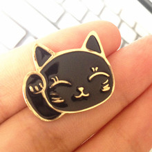 Timlee X104 Cartoon Cute Pet Lucky Fortune Cat Metal Brooch Pins Button Pins Jeans Bag Decoration Brooches Gift Wholesale