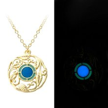 Hot Sale 2 Colors Floral Luminous Necklace Magic Engrave Flower Leaves Glow in the Dark Charm Pendant Necklace