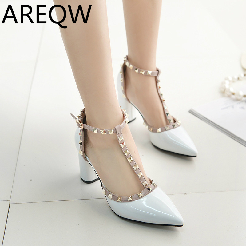 AREQW 2017 Fashion New Shallow Mouth Sandals European and American Rivets Pointed T-type T-type Female Heels<br><br>Aliexpress
