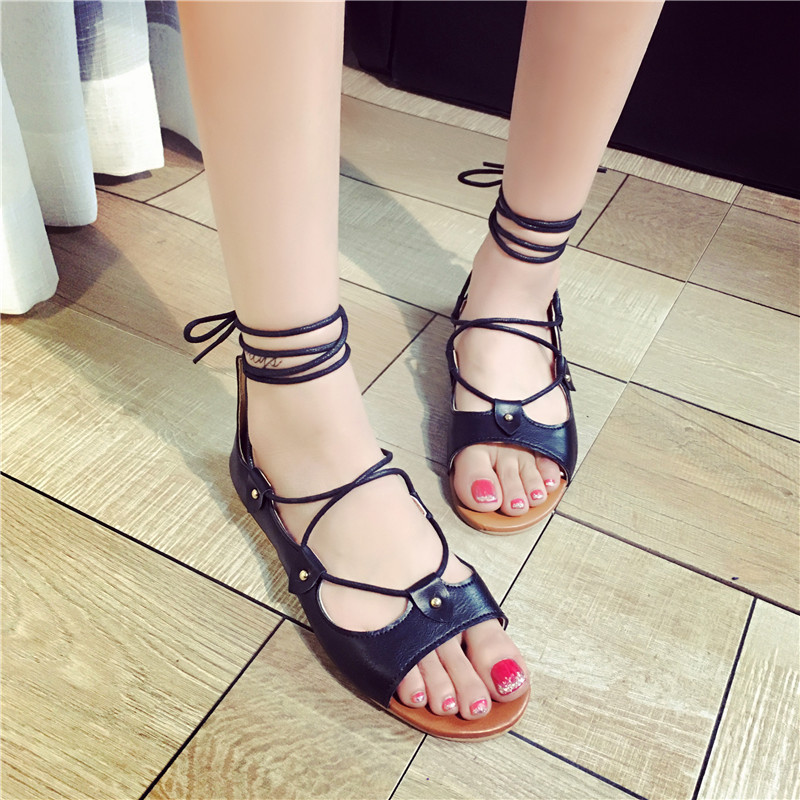 2016 Womens Shoes Summer Toe Low with Flat Cross Straps with Rome Fashion Sandal<br>