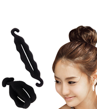 2Pcs/Lot Hook Magic Foam Sponge Hair Disk Hair Device Donut Quick Messy Bun Maker Twist Curler Tool Updo Headwear