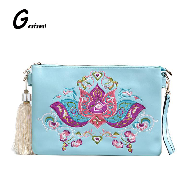 COUPON women envelope wrist casual clutch bag shoulder crossbody bags lady chinese national ethnic embroidered flowers style<br><br>Aliexpress