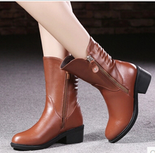 genuine leather martin boots Brand boots women plus size 40-43 new 2016 thick heel boots inside short plush botas mujer warm