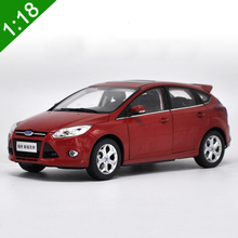 2012 NEW 1:18 FORD FOCUS Hatchback Alloy Car Model original metal diecast high simulation free Shipping kids toy gifs collection