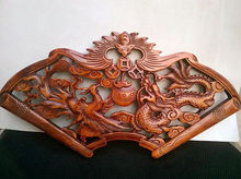 Delicate Fanned Chinese Traditional Handicrafts Classical Camphor Wood Wall Hanging - Dragon and Phoenix
