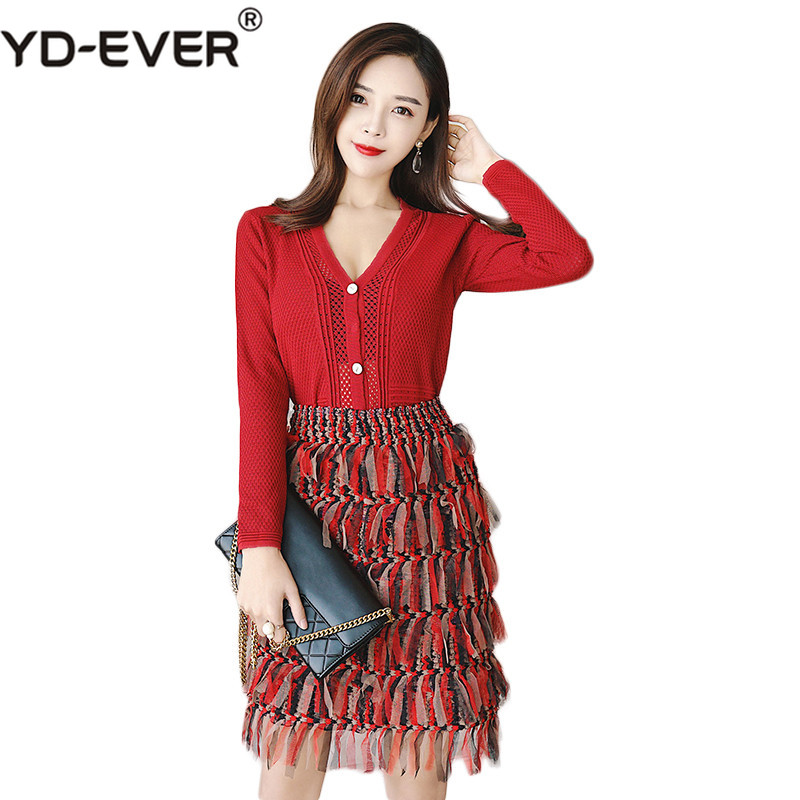 Autumn new goddess style knit Single-breasted V-Neck hollow out top + mesh red print skirt fashion two-piece suit