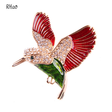 Top Sale RHao Animal Brooches for women and men Casual Dresses Red/Blue Eagle hawk falcon rhinestone brooch pins for boys gift(China)