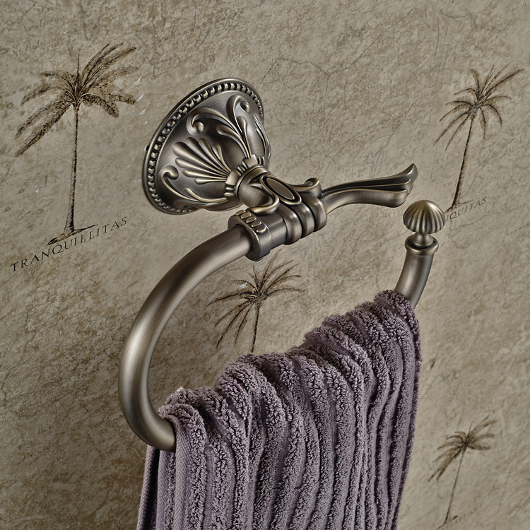 Antique European Bronze Resistant Towel Ring Towel Rack Towel Hook Hanging Ring  Bathroom Accessories<br><br>Aliexpress