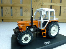 Replica Girl 1:32 FIAT 1300 DT tractor model alloy Favorites Model