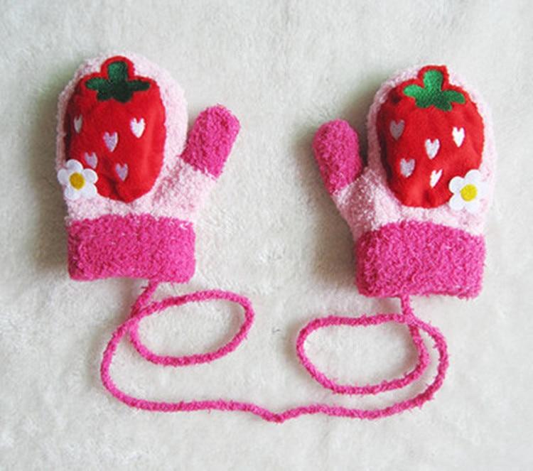 Organic Cotton Newborn Baby Anti Scratch Mittens Gloves Pattern Strawberries
