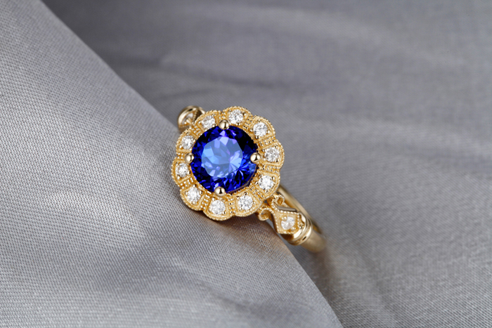 1-49ct-Violet-Blue-AAA-Tanzanite-Diamond-14k-Yellow-Gold-Engagement-Vintage-Ring (2)
