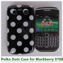 1PCS Fashion Polka Dots Pouch Cover Case for Blackberry 9700 Phone Bags Free(China)