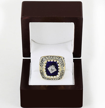 Cost Price 1995 Atlanta Braves World Series Baseball Replica Copper High Quality Championship Ring with Gorgeous Wooden Boxes(China)
