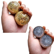 New Golden 1Pair Fitness Magnetic Massage Ball Magnetic Therapy Hand Massage Ball H7JP