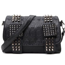 Women Messenger Bags PU Leather Rivet Women Clutch Purse and Handbag Bolsa Feminina Rock Fashion Shoulder Bag W17-39