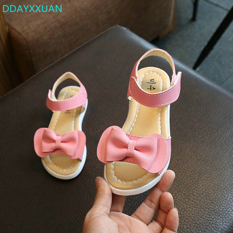 Girls Princess sandals 2018 New Brand fashion summer children shoes Bowknow girls shoes PU Leather casual kids Beach sandals