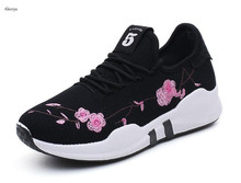 Akexiya Brand Newest Peach Flower Embroidered Running Shoes For Outdoor Comfortable Women Sneakers Men Breathable Sport Shoes