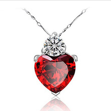 famous brand Retro fashion Necklace 925 Sterling Silver Pendant Chain red clavicle pomegranate Jewelry Heart girlfriend gift(China)
