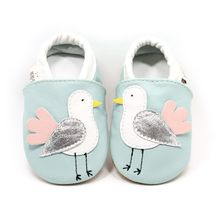 18 colors High quality Cartoon style baby moccasins Genuine Leather soft sole Newborn baby shoes Animal infant Bebe walkers(China)