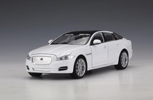 1:24 Welly JAGUAR XJ Diecast Model Car Vehicle Toy Gift White New in Box