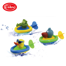Soft Rubber Pelican Clockwork Dabbling Toy Cute Cartoon Animals Boys Kid Baby Child Bathtub Float Educational Toy Run on Water(China)