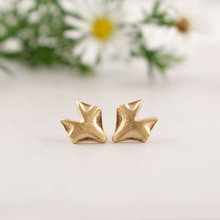 Min 1Pc New Arrival Fashion Gold Color Fox Stud Earring for Women Animal Stud Earrings Birthday Gifts ED011
