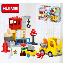 HUIMEI 51PCS City Construction Team Worker Truck Crane Educational Brick Set Kids Toys  Large particle building blocks