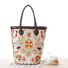 Ethnic Bohemian Women's Embroidery Flowers Straw Bag.Holiday Woven Straw Shoulder Bag.Boho Tote Beach Bags.Handbag.B-0305