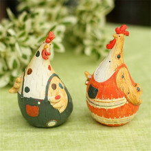 European Country Chicken Couple Figurine Nature Resin Animal Sculpt Decoration Colored Drawing Cook Ornaments
