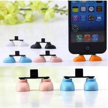 Cheap Price Hot Sale Shoe foot Shape Dustproof USB Charger Port Plug Stand Holder Gadget for iPhone 5G