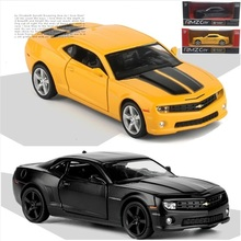 Boxed five-inch alloy Sports car model Chevrolet Camaro Hornet Open the door back to power metallic material kids toys