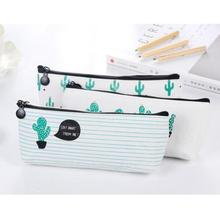 Cactus Printing Storage Bag Pen Pencil Earphone Stationery Bag Beauty Cosmetic Organizer Ladies Wash Bag Purse Travel Kit