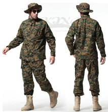 2017 Men Top Quality Tactical Airsoft Uniform Woodland Digital Camo Suit Combat Hunting Clothing Set Training Uniform