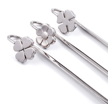 Delicate Clover Metal Bookmark Escolar Paper Book Marks Books Holder School Supplies Free Shipping(China)