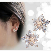 2016 Korea Fashion Elegant Sparkling Snow Super Flash Star Zircon Women Imitation Crystal Earrings Wholesale