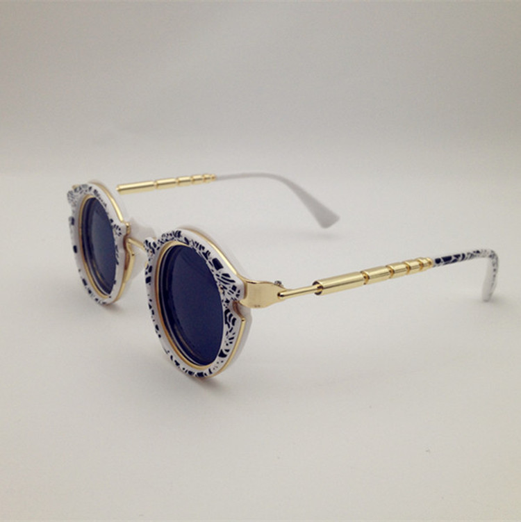 Top luxury brand designer Vintage retro dream women sunglasses men Outdoor activities Fashion personality Driving sunglasses<br><br>Aliexpress